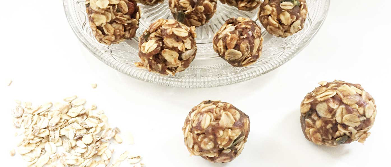 Pindakaas granola bonbons