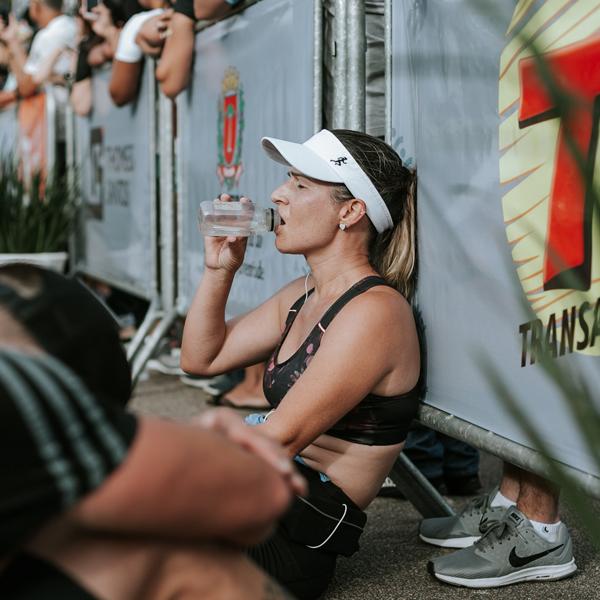 Hoeveel moet je nu écht drinken na het sporten